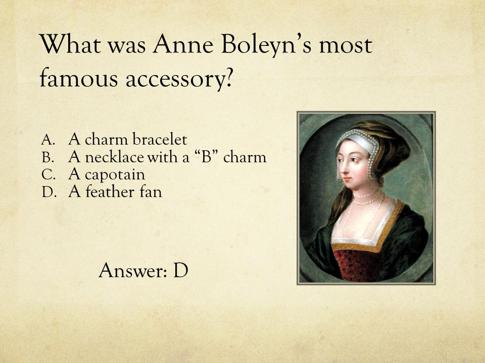 What was Anne Boleyn's most famous accessory