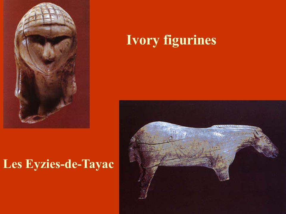 Ivory figurines Les Eyzies-de-Tayac La Dame à la Capuche .