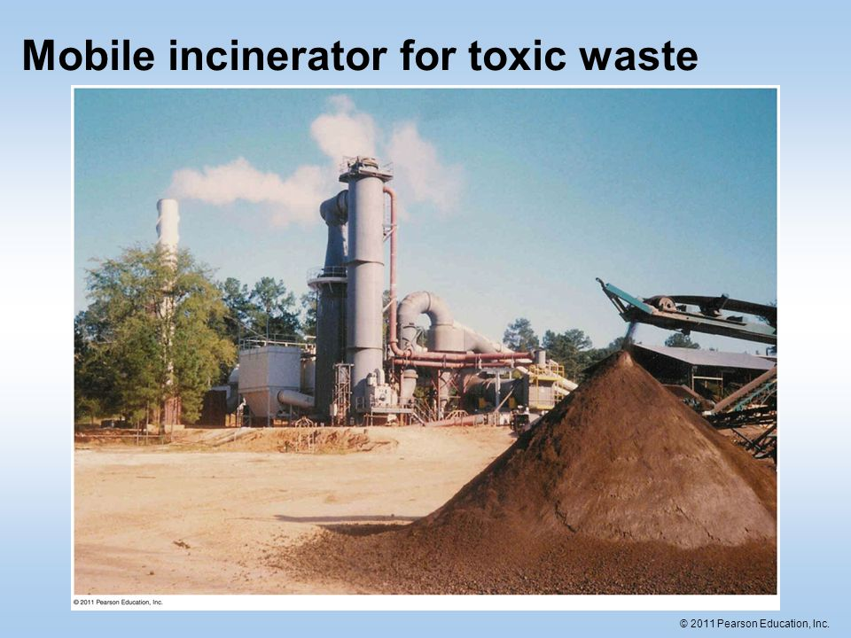 Mobile incinerator for toxic waste