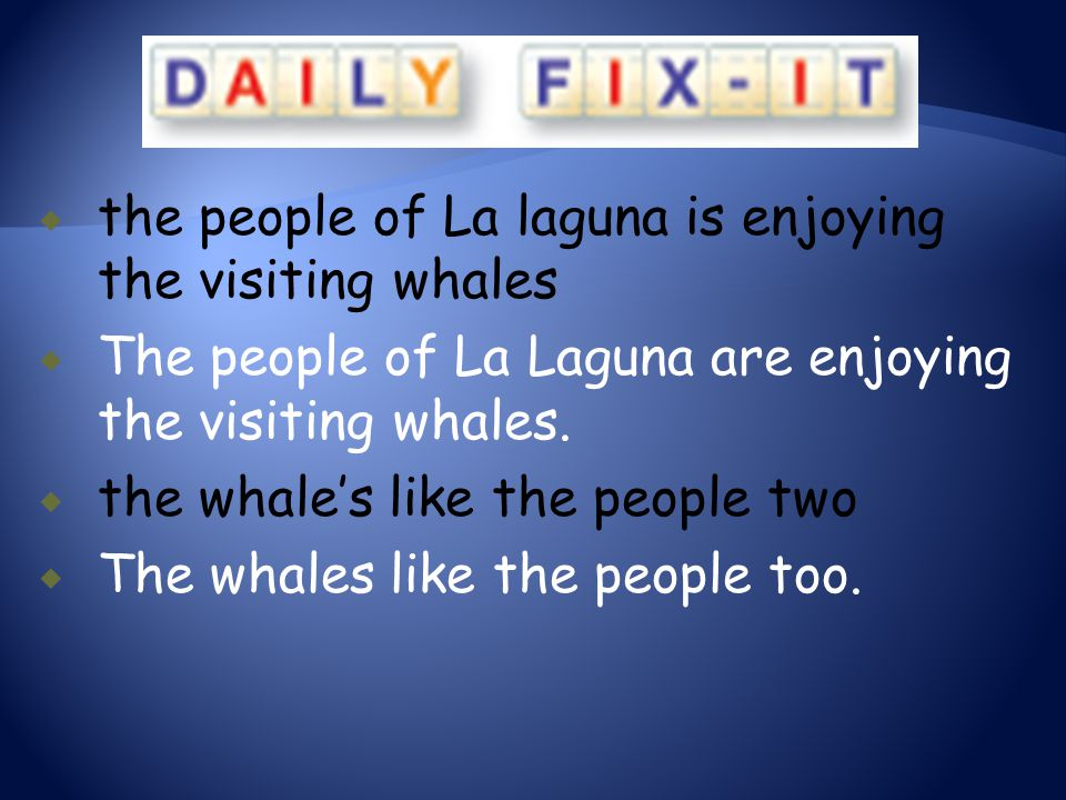 the people of La laguna is enjoying the visiting whales