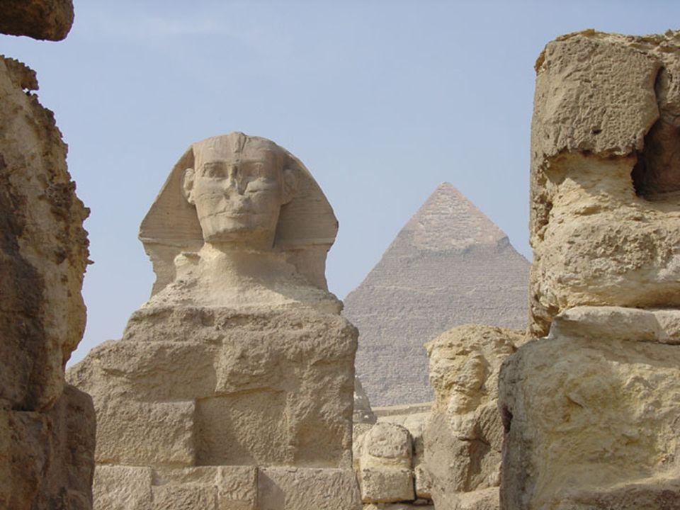 Sphinx & Pyramid 3