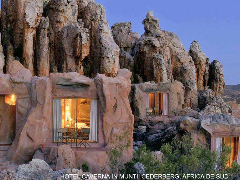 HOTEL CAVERNA IN MUNTII CEDERBERG, AFRICA DE SUD