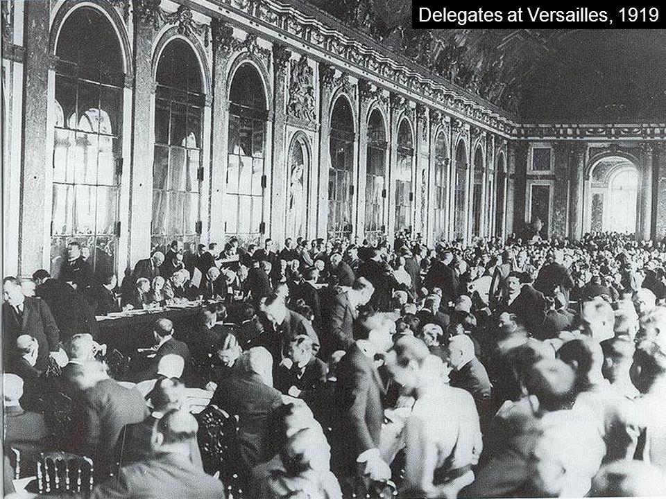 Delegates at Versailles, 1919