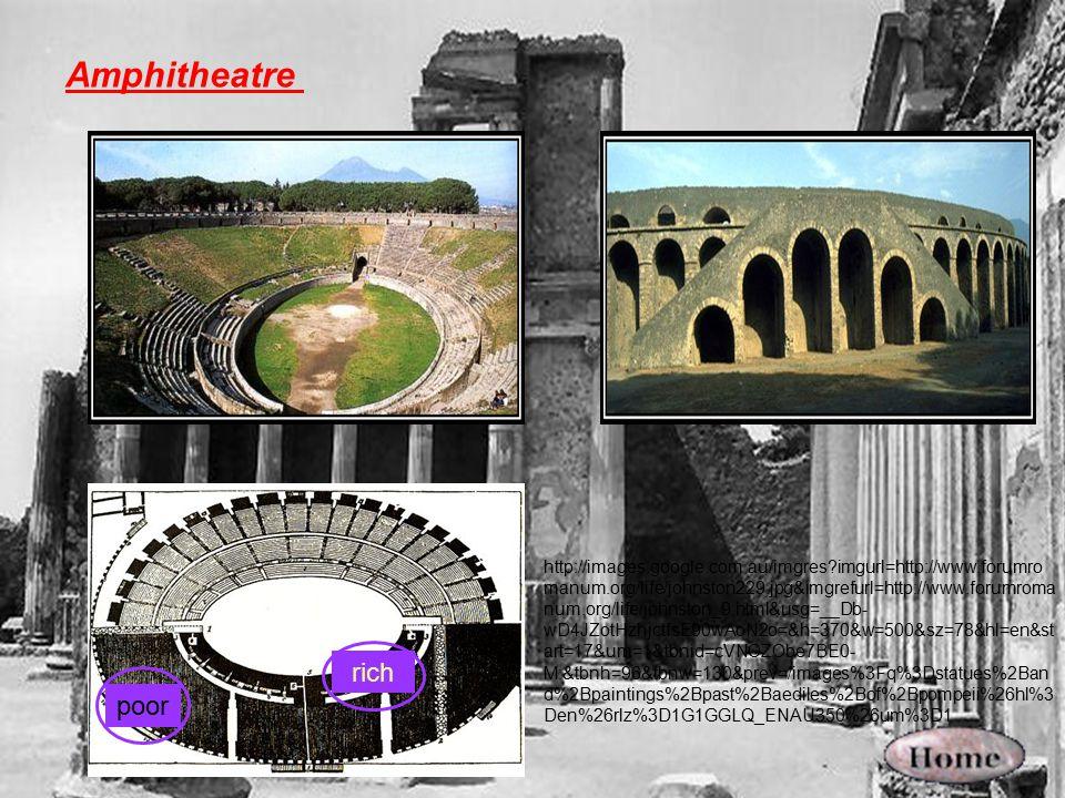 Amphitheatre rich poor