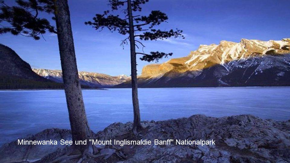 Minnewanka See und Mount Inglismaldie Banff Nationalpark