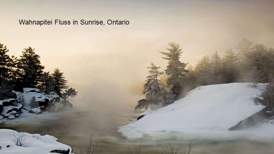 Wahnapitei Fluss in Sunrise, Ontario