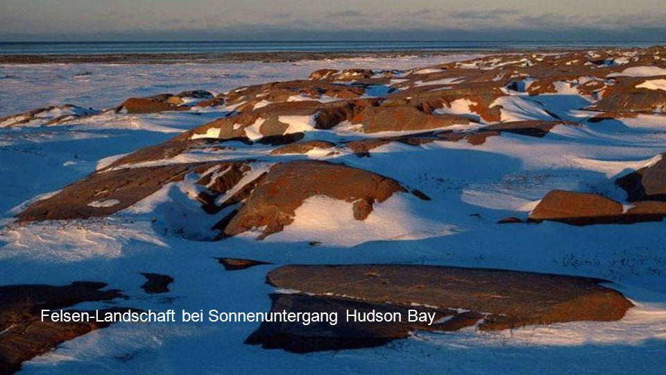 Felsen-Landschaft bei Sonnenuntergang Hudson Bay