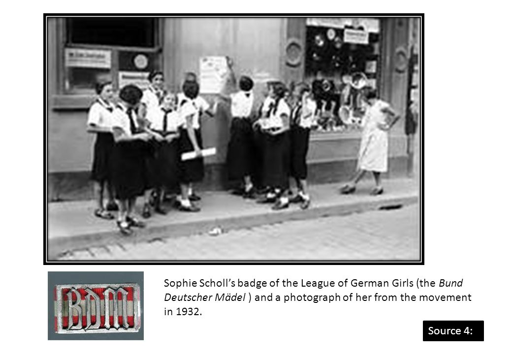 Sophie Scholl's badge of the League of German Girls (the Bund Deutscher Mädel ) and a photograph of her from the movement in 1932.