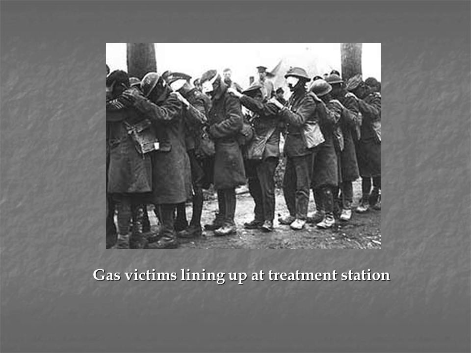 Gas victims lining up at treatment station