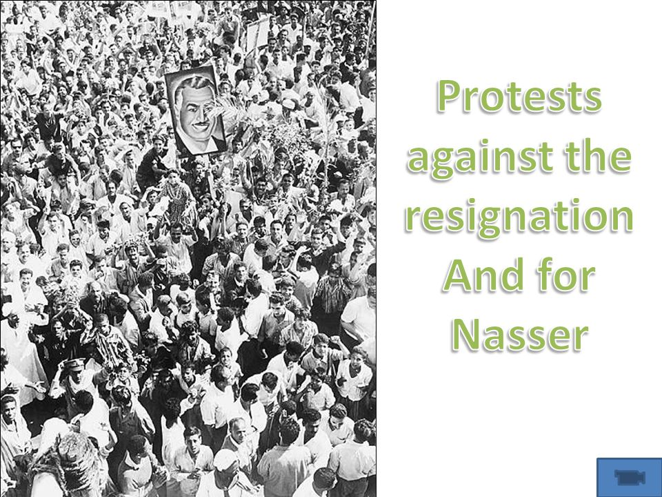 Protests against the resignation