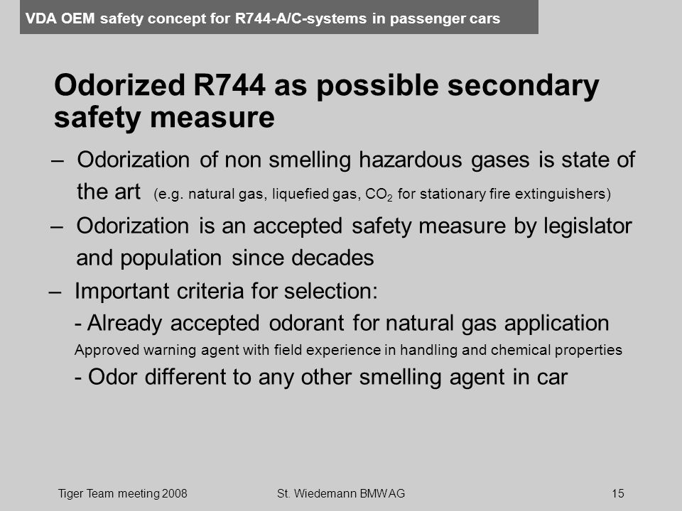 Odorized R744 as possible secondary safety measure