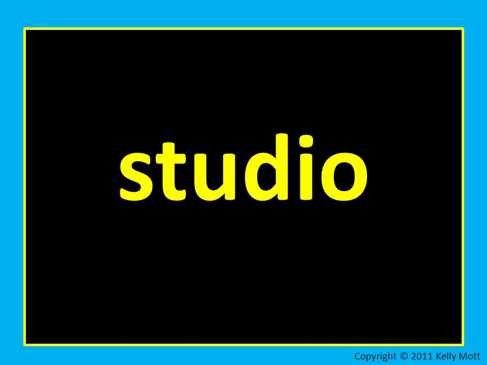 studio Copyright © 2011 Kelly Mott