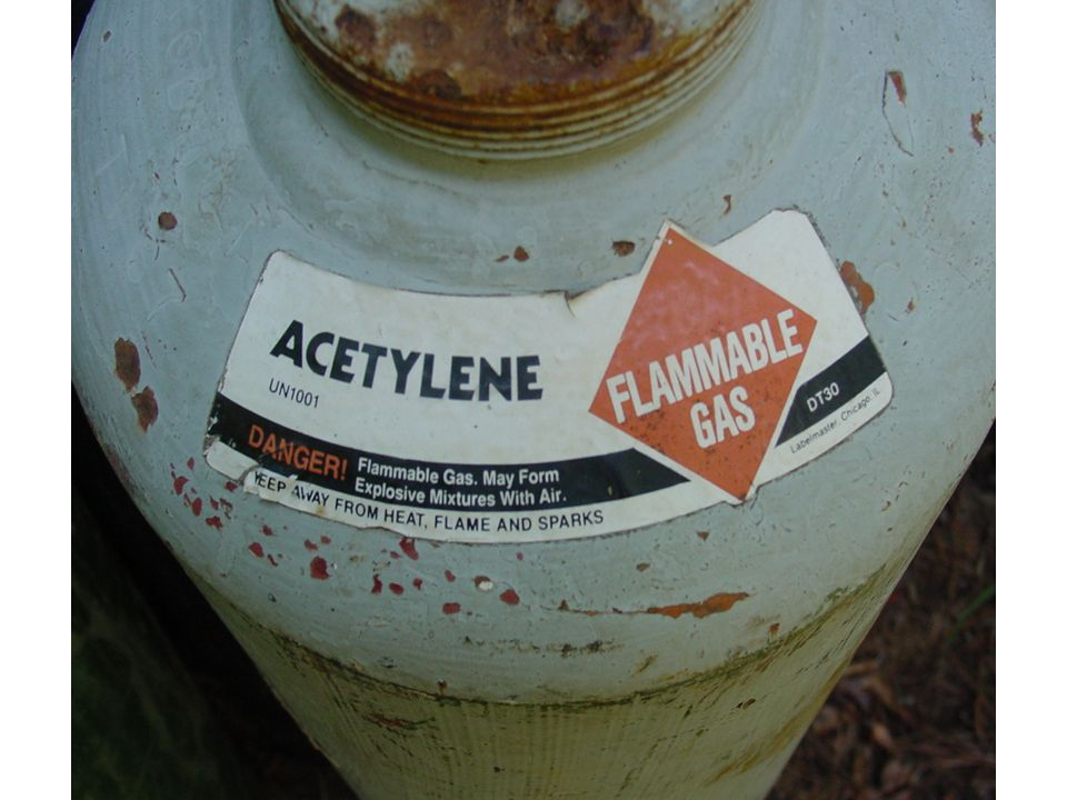Acetylene label on a cylinder.