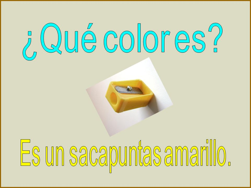 ¿Qué color es Es un sacapuntas amarillo.
