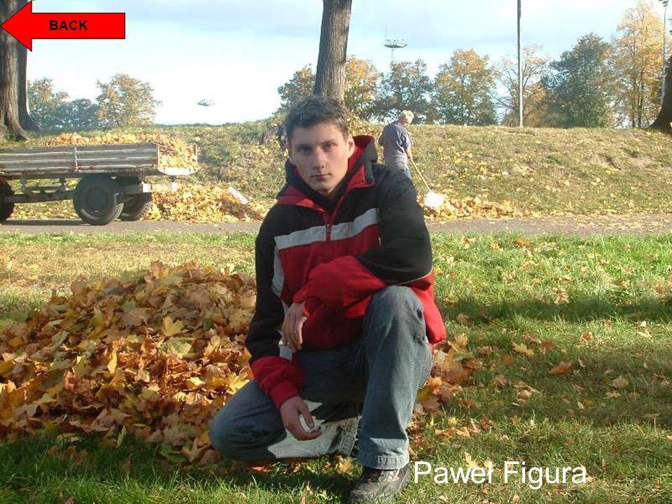 BACK Paweł Figura