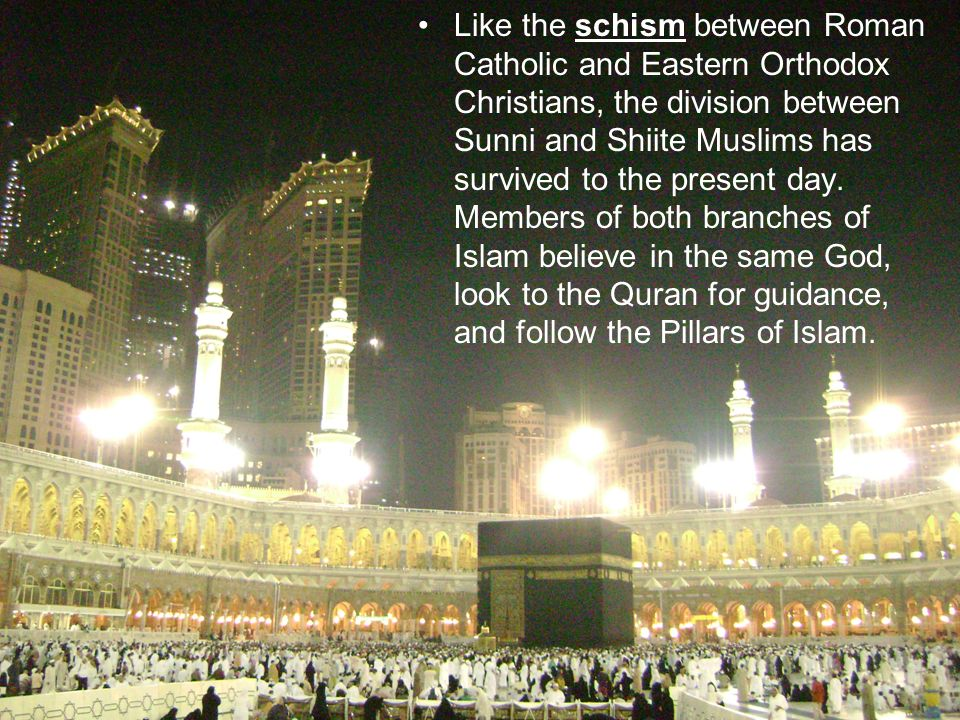 "describe the split between sunni and shiite islam Sunni, shi'a, and sufi islam  you have a split between the shiites, which literally means ""the party of ali"" (shia means ""sect or party"") and the main ."