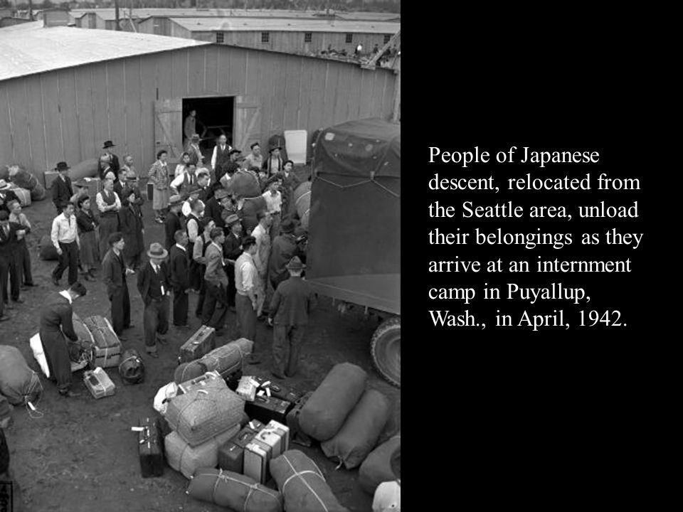 holocaust vs japanese internment camps In the japanese internment camps the japanese people got to play baseball, knit, or grow flowers and much more 8  in the jewish concentration camps all the people inside were slaves and the.