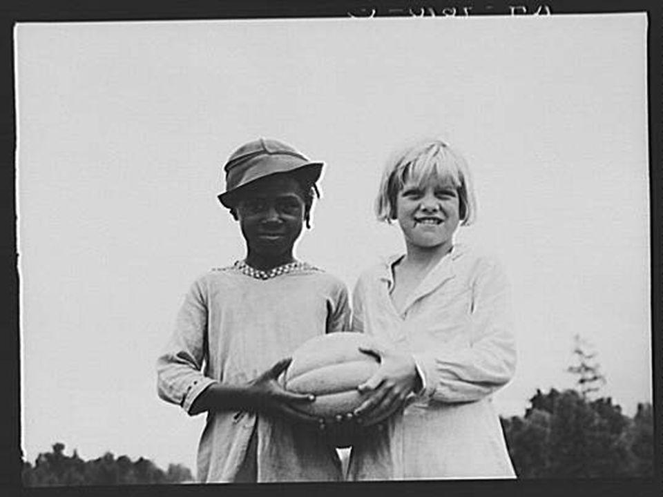 Children at Hill House, Mississippi.