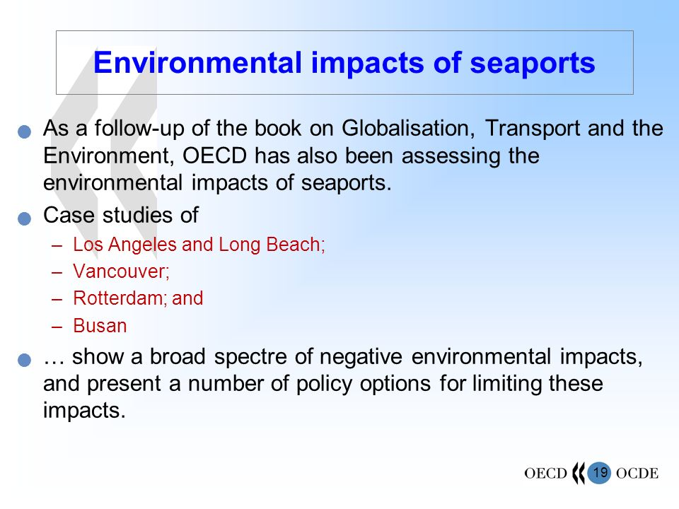 Environmental impacts of seaports