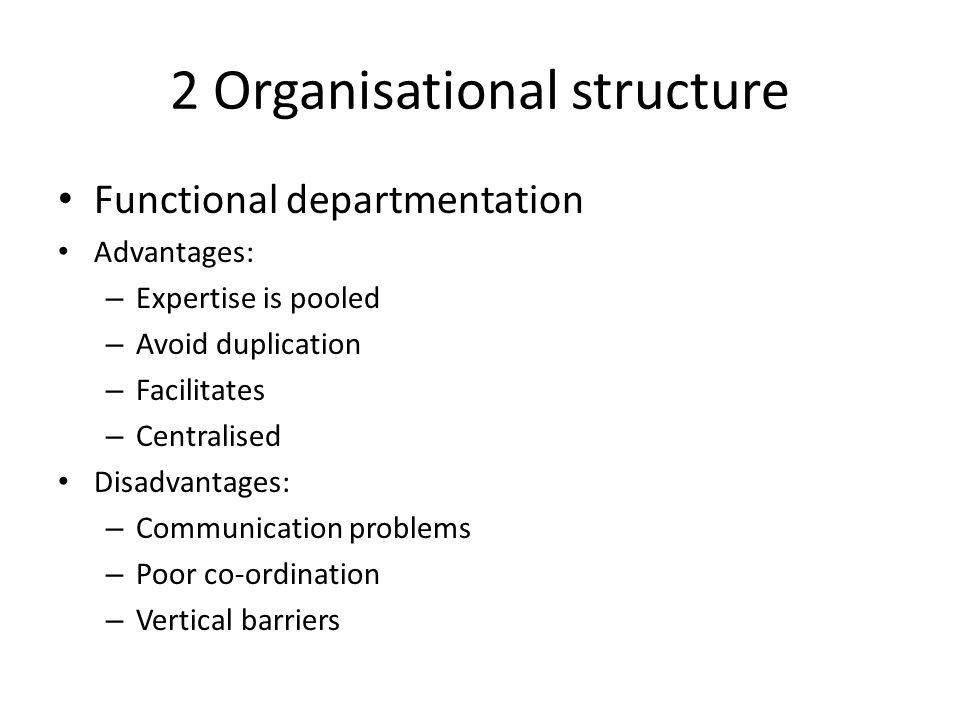 what are some advantages and disadvantages of vertical hierarchy and vertical communication Vertical communication in an organization is communication that flows up and down through the organization's hierarchical structure, from the general workforce up through middle management.