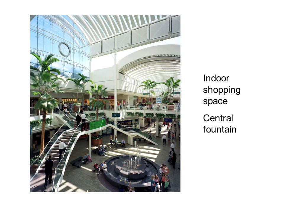 Indoor shopping space Central fountain