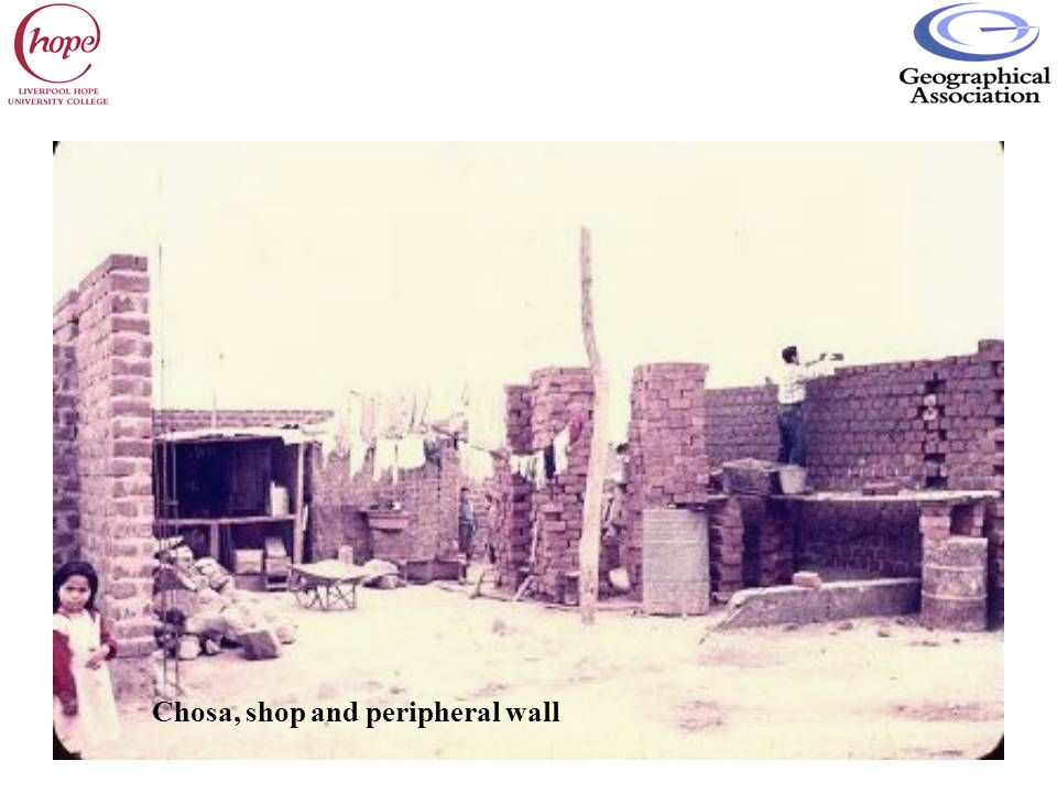 Chosa, shop and peripheral wall