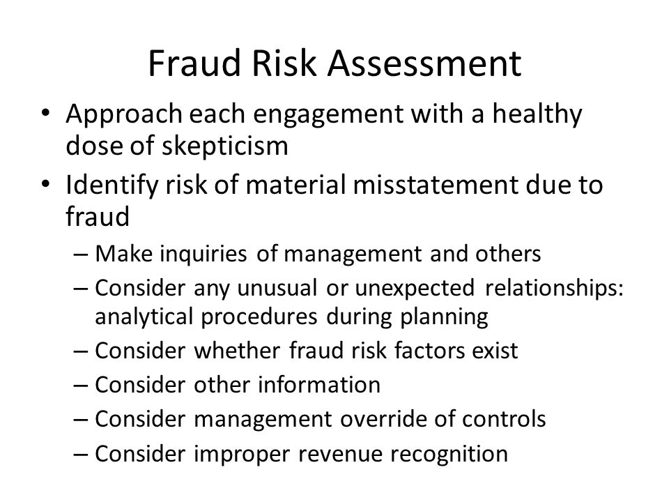 relationship between audit risk and of material misstatement