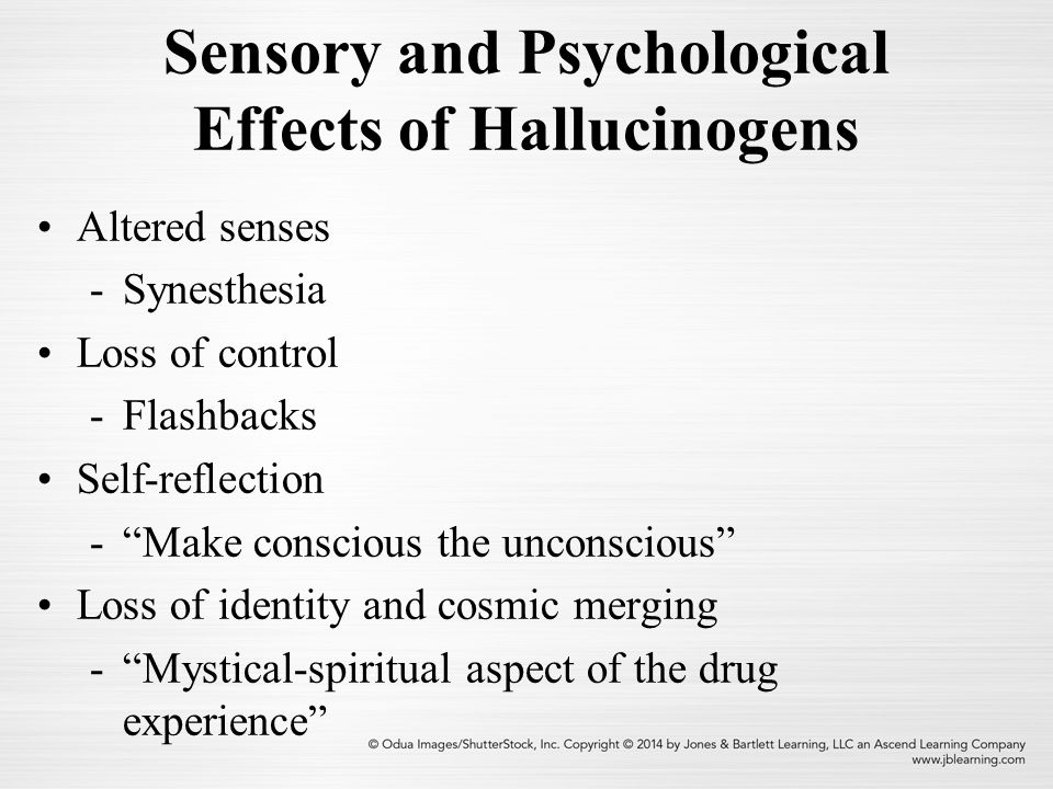 EFFECTS OF HALLUCINOGENS ON A TELECHARGER PILOTE