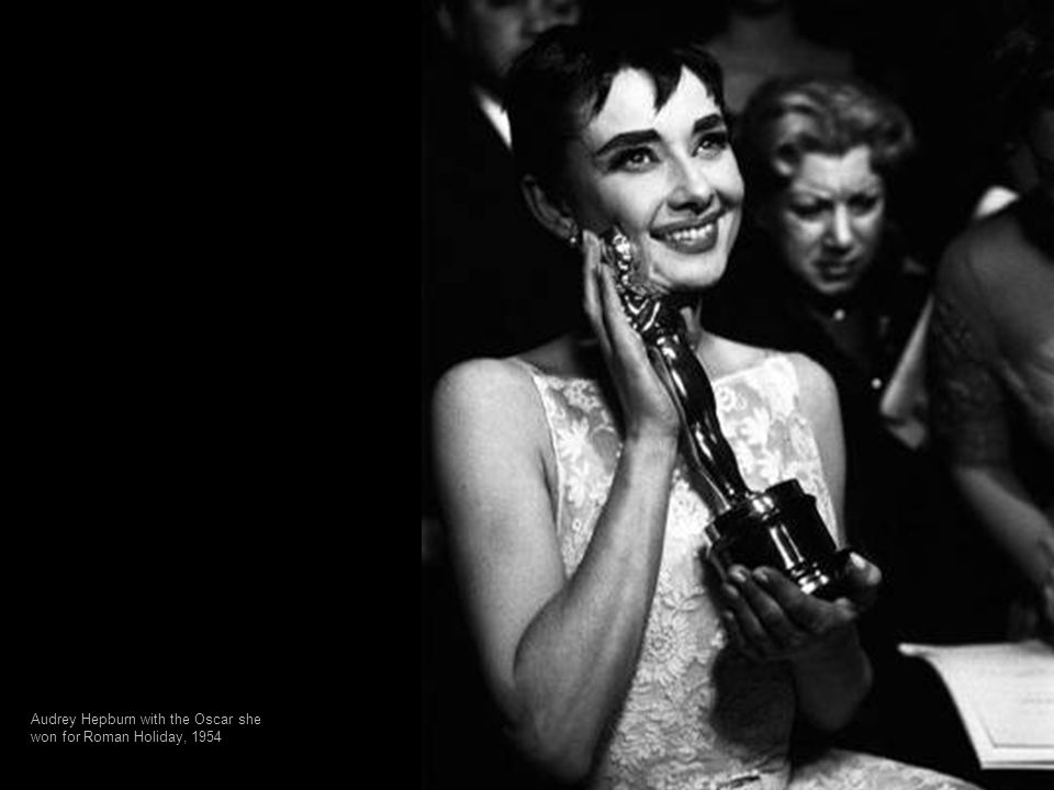 Audrey Hepburn with the Oscar she won for Roman Holiday, 1954