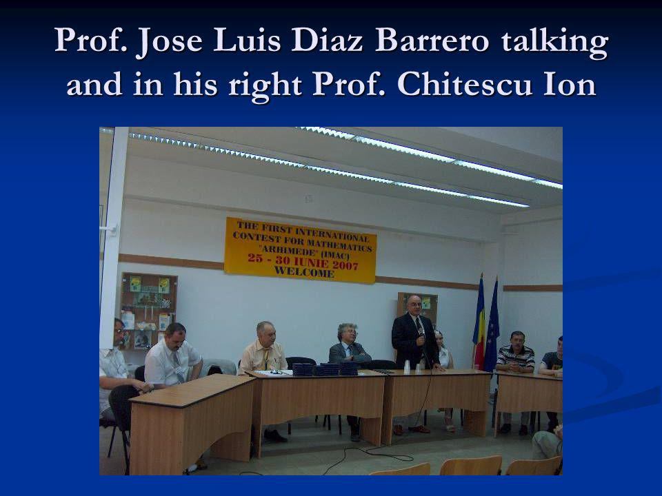 Prof. Jose Luis Diaz Barrero talking and in his right Prof