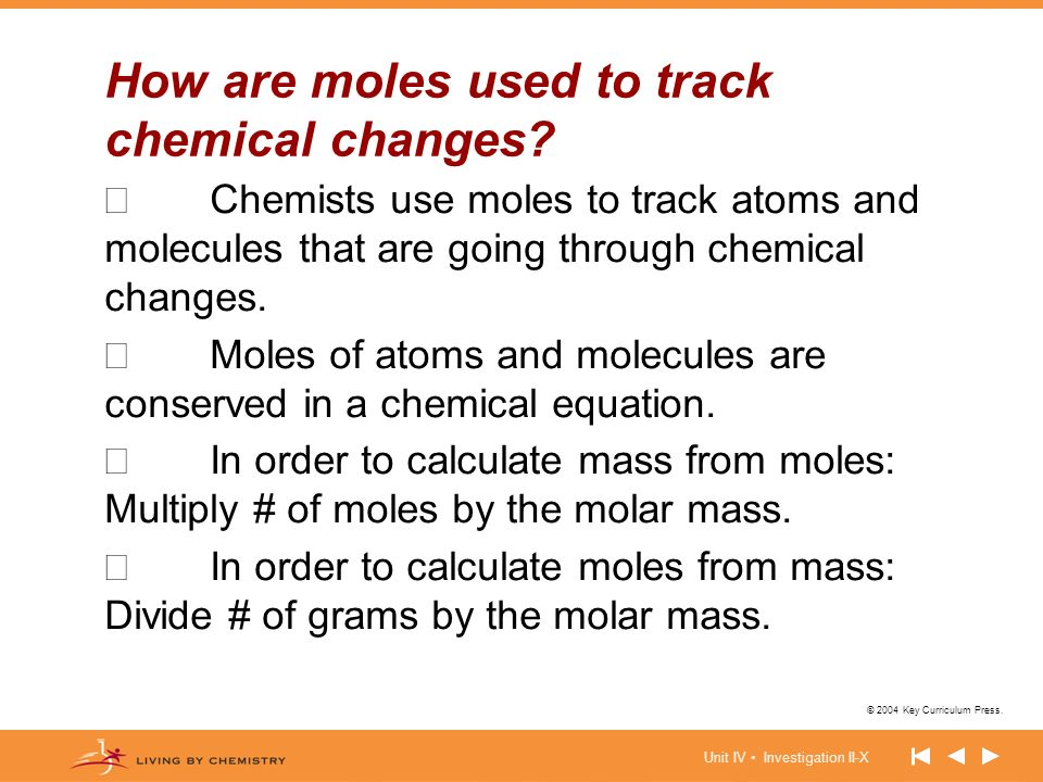 How are moles used to track chemical changes