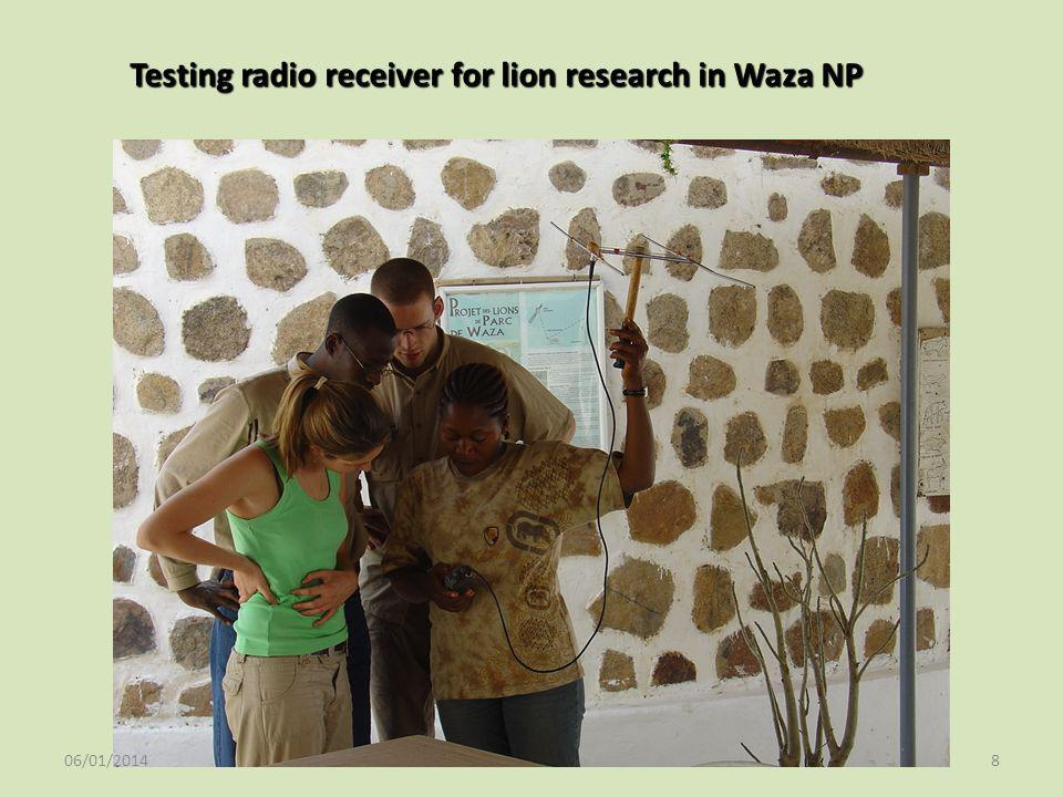 Testing radio receiver for lion research in Waza NP