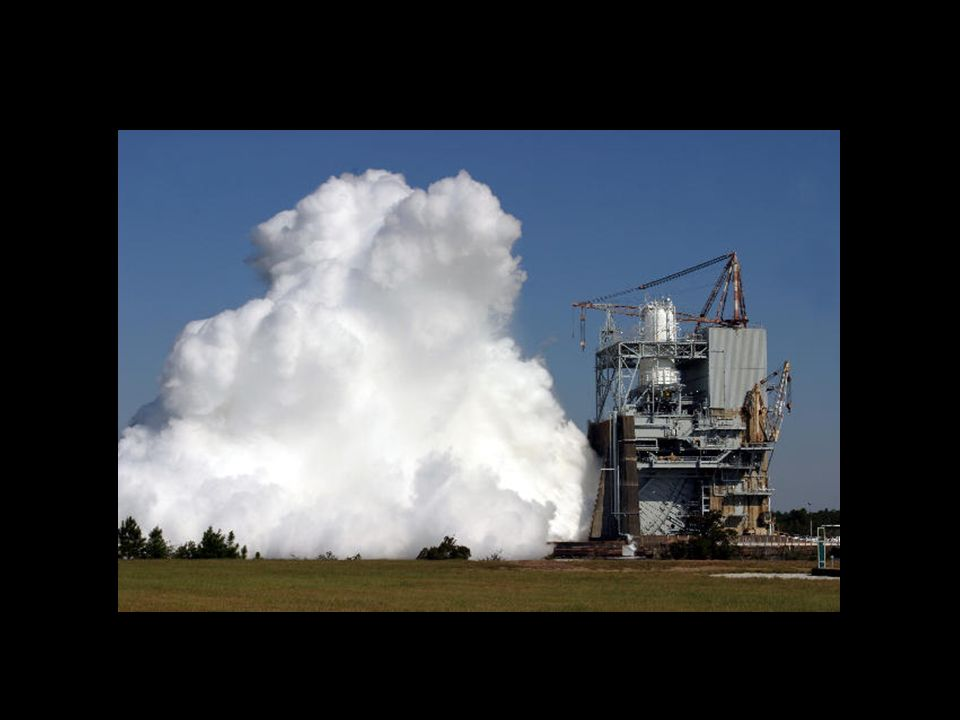 Video of Space Shuttle Main Engine test –a day test, a night test and Space Shuttle Discovery launch on August 19, 2004.