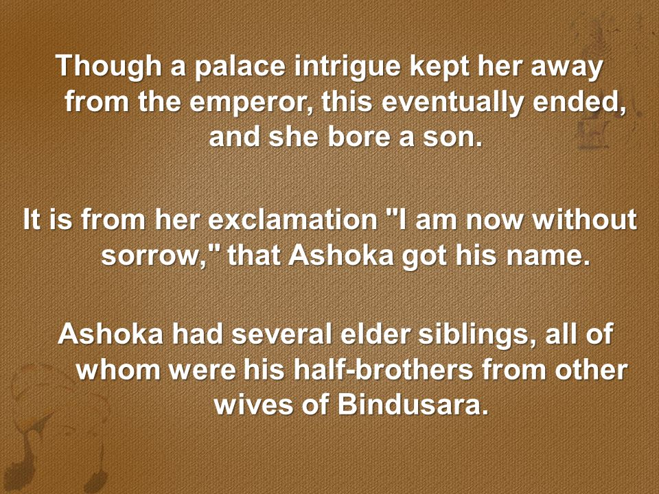 Though a palace intrigue kept her away from the emperor, this eventually ended, and she bore a son.