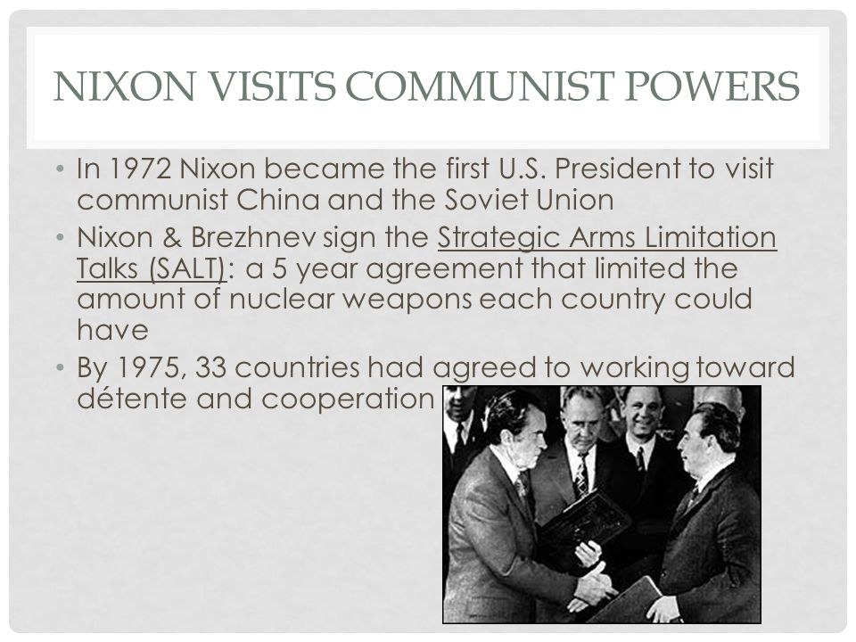 Nixon visits communist powers
