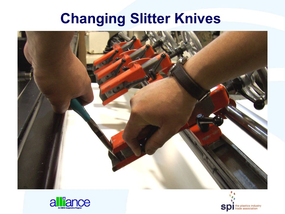 Changing Slitter Knives