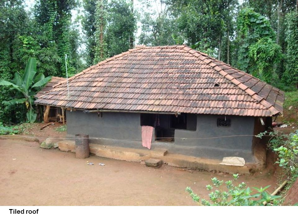 Tiled roof Photograph: ACCORD/AMS/ACTIONAID Tiled roof
