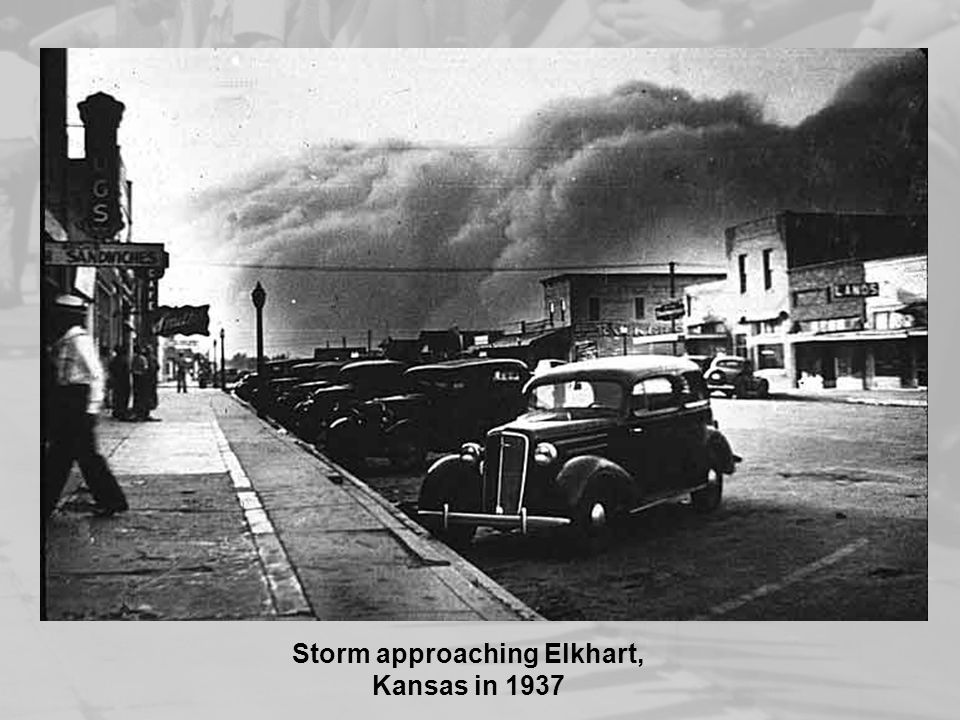 Storm approaching Elkhart, Kansas in 1937