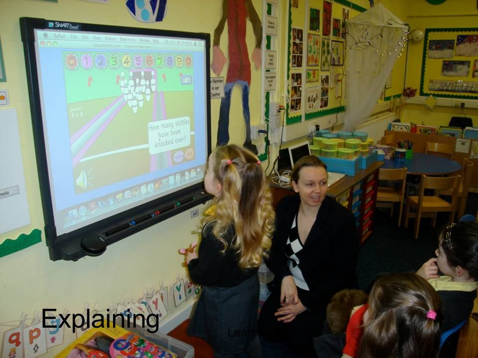 Explaining Learning together