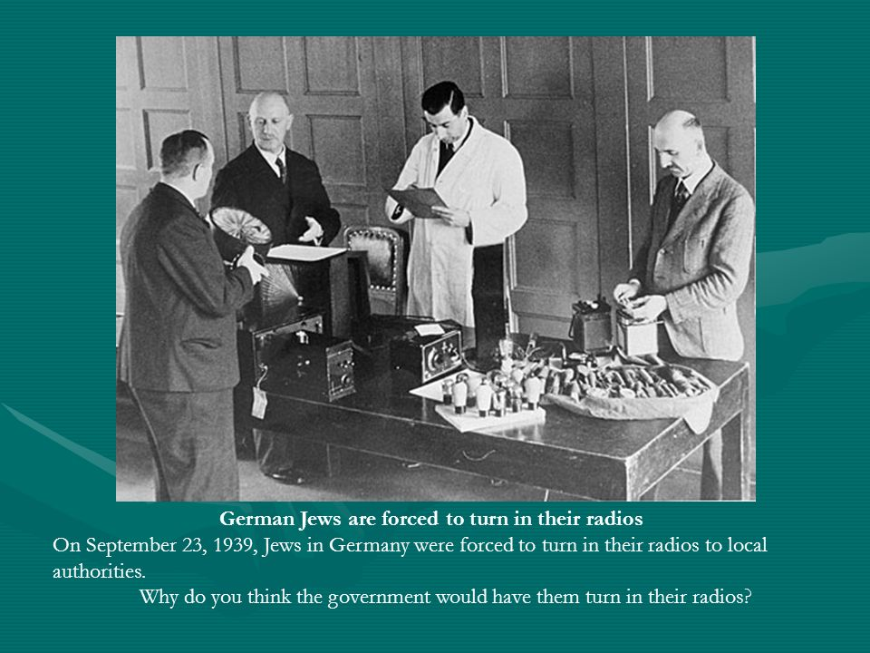 German Jews are forced to turn in their radios