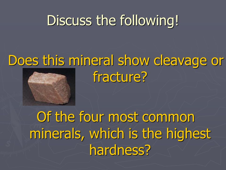 Does this mineral show cleavage or fracture