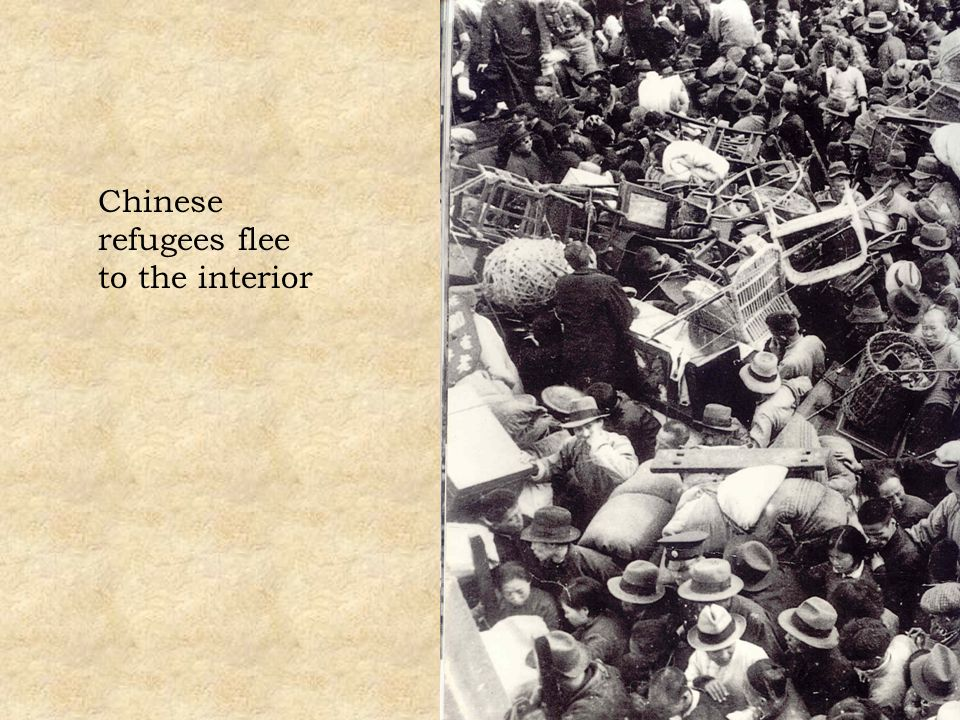 Chinese refugees flee to the interior